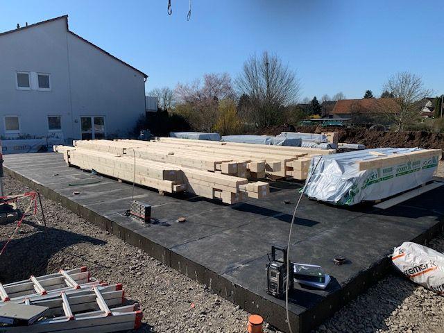 Blockhausbau - Blockhaus Bausatz - Blockhaus in Lich. Der erste Tag in Hessen