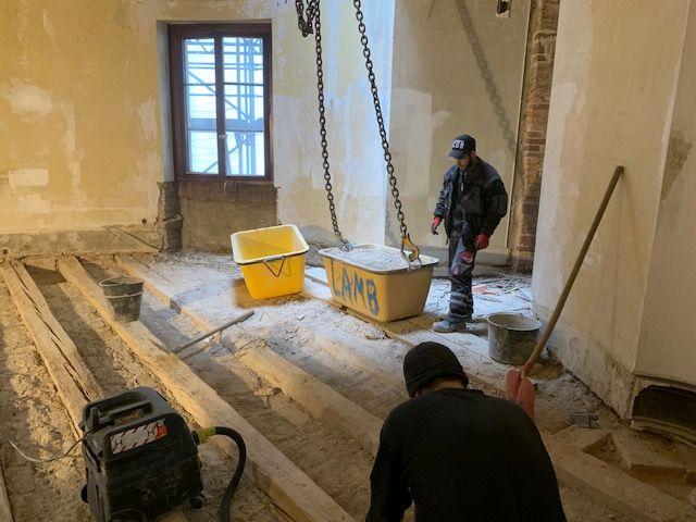 Altbausanierung in Hessen - Zimmererarbeiten / Sanierungsarbeiten - Balkenverstärkungen