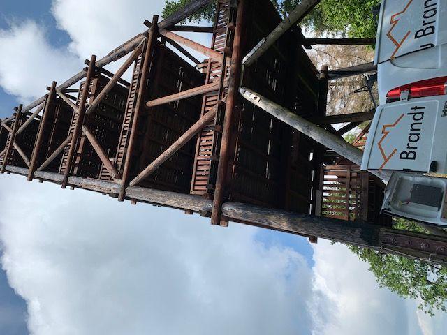 Beginn der Sanierung des Aussichtsturms  - Der erste Arbeitstag in Solling - Niedersachsen
