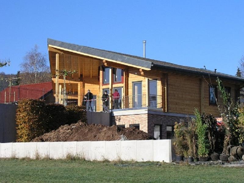 Architektenhaus in Blockbauweise - Maßgeschneidertes Wohnblockhaus