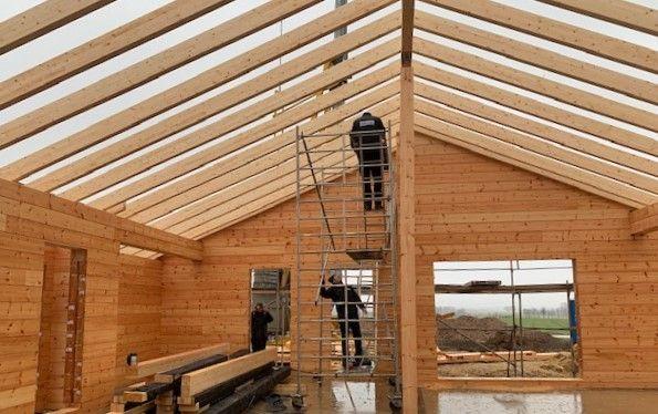 Blockhaus Dachstuhl - Bauen im Winter
