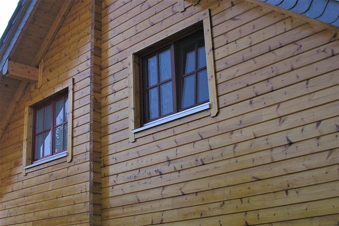Holzbau Brandt - Holzhäuser in Blockbauweise -  Giebelwand