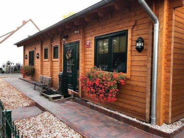 Ebenerdiges Blockhaus als Einfamilienhaus in Celle, Niedersachsen