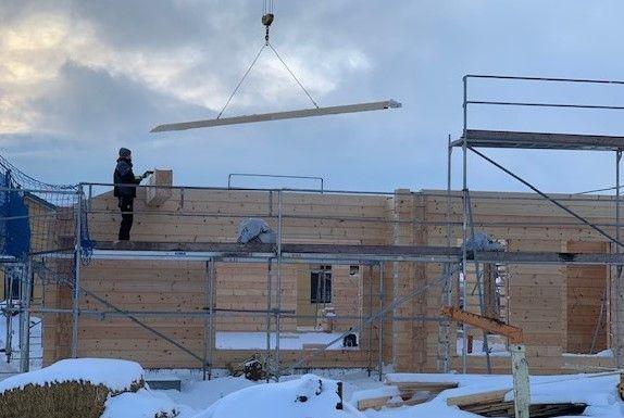 Holzbau Brandt - Blockhaus - Holzhaus in Blockbauweise - Blockhausbau im Winter