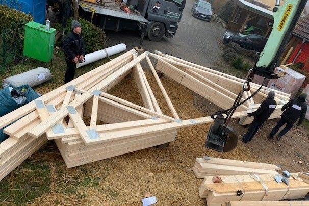 Holzbau Brandt - Sehr enges Grundstück - Blockhaus Baustelle