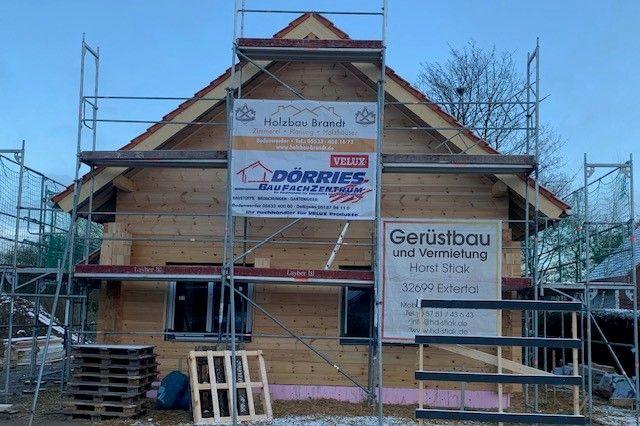 Holzbau Brandt - Singlehaus - Kleines Holzhaus in Niedersachsen - Fenster wurden eingebaut