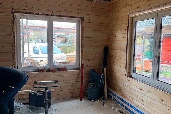 Holzbau Brandt - Blockhausbau - Fenstermontage - Fenster - Singlehaus in Niedersachsen